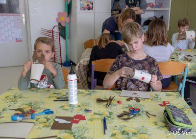 Peka prazničnih piškotov in izdelava novoletnih okraskov - OŠ Veržej 84