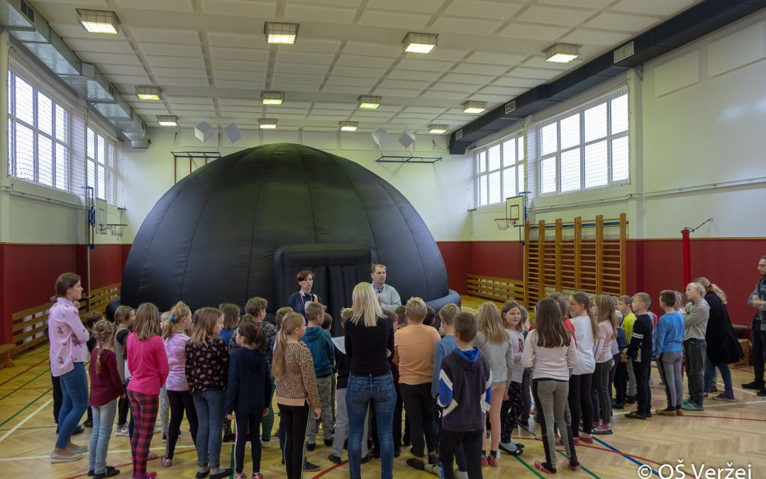 Tehniški dan astronomija